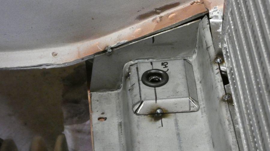 radiatormount5.jpg